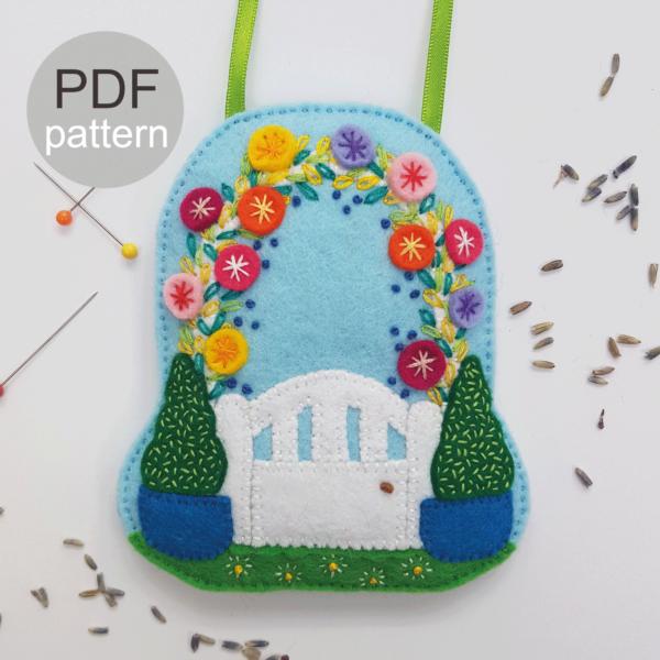 Garden-Gate-Lavende-Bag-PDF-Pattern