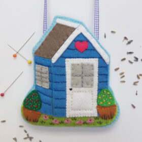 Potting-Shed-Lavender-Bag-Printable-Felt-Craft-Sewing-Pattern-by-Drop-the-Weasel